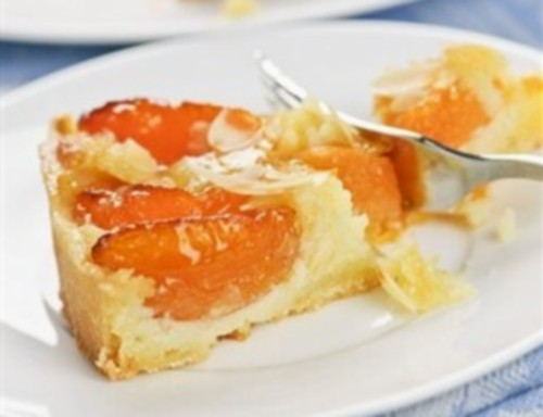 Apricot pie in German