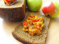 Eggplant caviar with apple