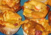Muffins-muffins with crab sticks