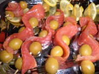 Quick appetizer with fish and olives