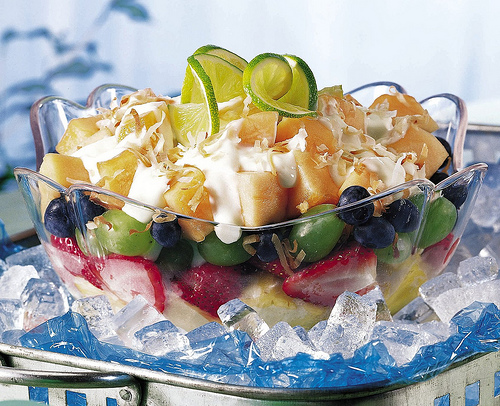 Fruit and berry salad with yogurt