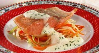 Pink salmon in white wine with cheese