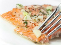 picture - Pink salmon in white wine