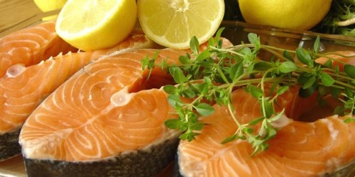 How to salt the salmon and trout at home