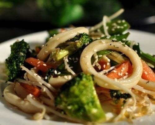 Squid with summer vegetables - recipes for light meals