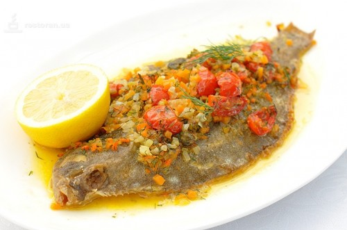 Flounder and vegetables: baked in the oven