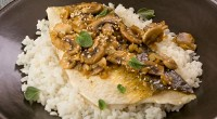 Mullet with mushrooms and sesame seeds