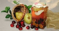 Pear-plum compote