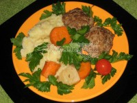 Cutlets, stewed with vegetables