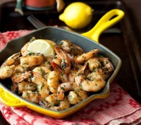 Shrimp with garlic, herbs and spices