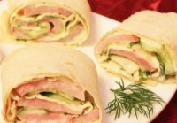 Pita bread with cheese and ham