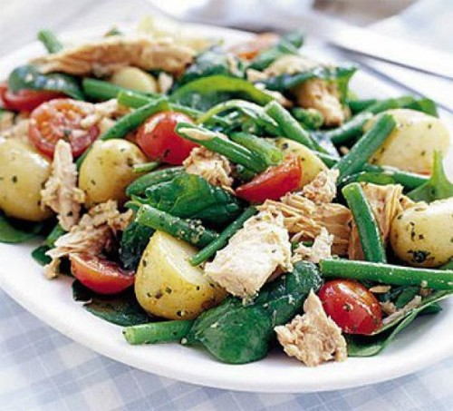 Unusual salad with new potatoes - recipes