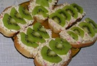 Christmas sandwiches with kiwi and crab sticks