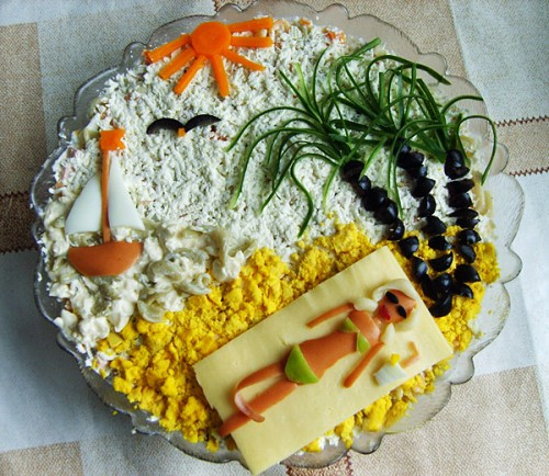 picture - Christmas salad with a nautical theme: processed seafood salads
