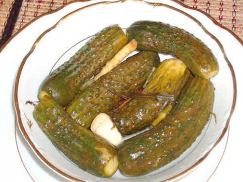 Cucumbers, marinated served with carrots