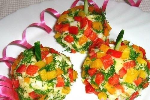 Vegetable salad garnish