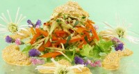 picture - Vegetable salad with avocado sauce