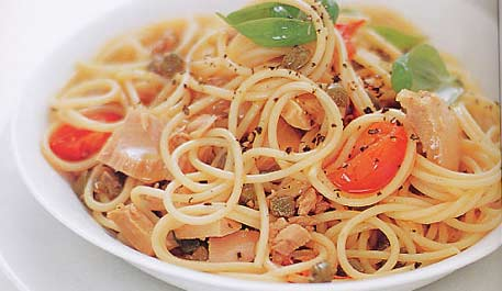 Pasta with anchovies and tuna
