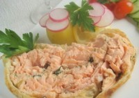 Pie with salmon picnic