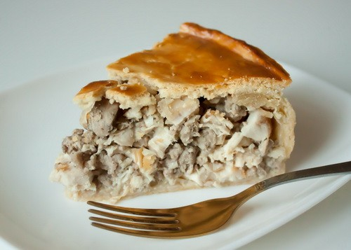 Pies with chicken - the most delicious and simple