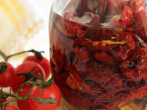 The dried tomatoes in oil with Basil and garlic