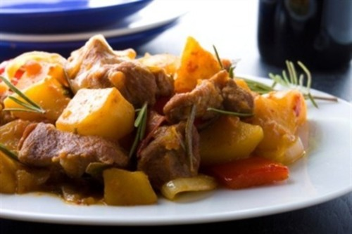 Stew of spicy pork with potatoes and paprika