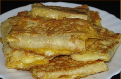 Recipe fried pita rolls with cheese