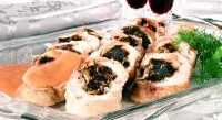 Turkey roulade with prunes