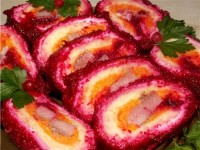 Roll with vegetable slices herring