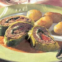 Roll with beef and Savoy cabbage