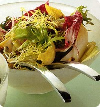 Chicory salad with oranges, pineapple and curry