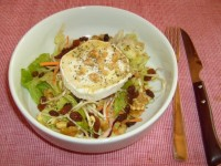 Chicken salad with pine nuts and goat cheese