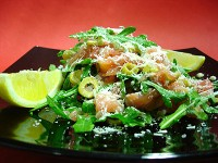 Salmon salad with grapefruit and arugula