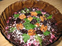 Beet salad and radish with prunes