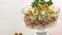 Cocktail salad with tuna