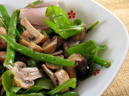 Salad with mushrooms and liver