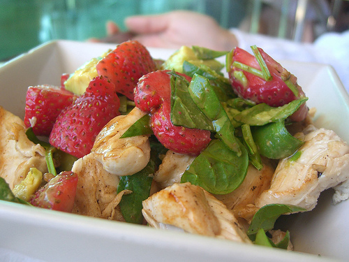 Salad with strawberries and chicken breast