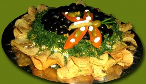 "picture - Salad with chicken and mushrooms ""Sunflower"""