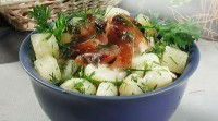 Salad with fish fillets hot smoked