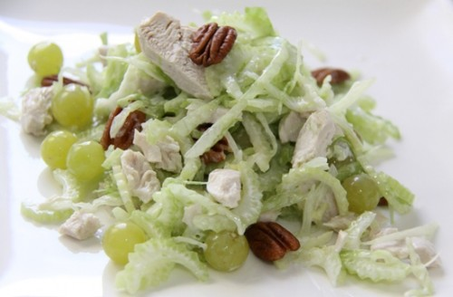 Salads with the stem celery: bright taste and a minimum of calories