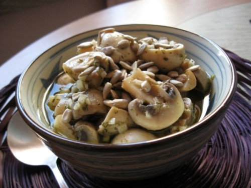 Mushrooms with garlic marinade and seeds