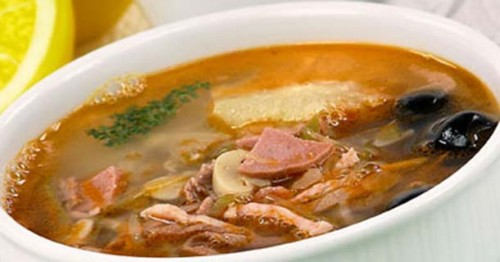 The soup with smoked meat in multivarka