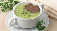 Cream soup of peas and cabbage