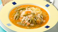 Soup with rice and green beans