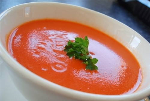Tomato soup with cheese children