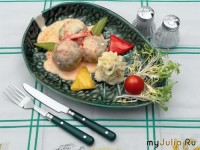 Meatballs of chicken with herbs