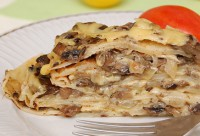 Cake Pancakes with chicken and mushrooms