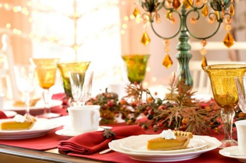 Decorations for New Year's table: simple methods and original ideas