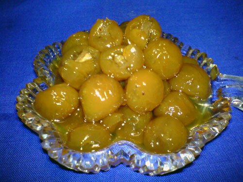 picture - White cherry jam nuts