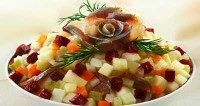 Salad with herring and apples